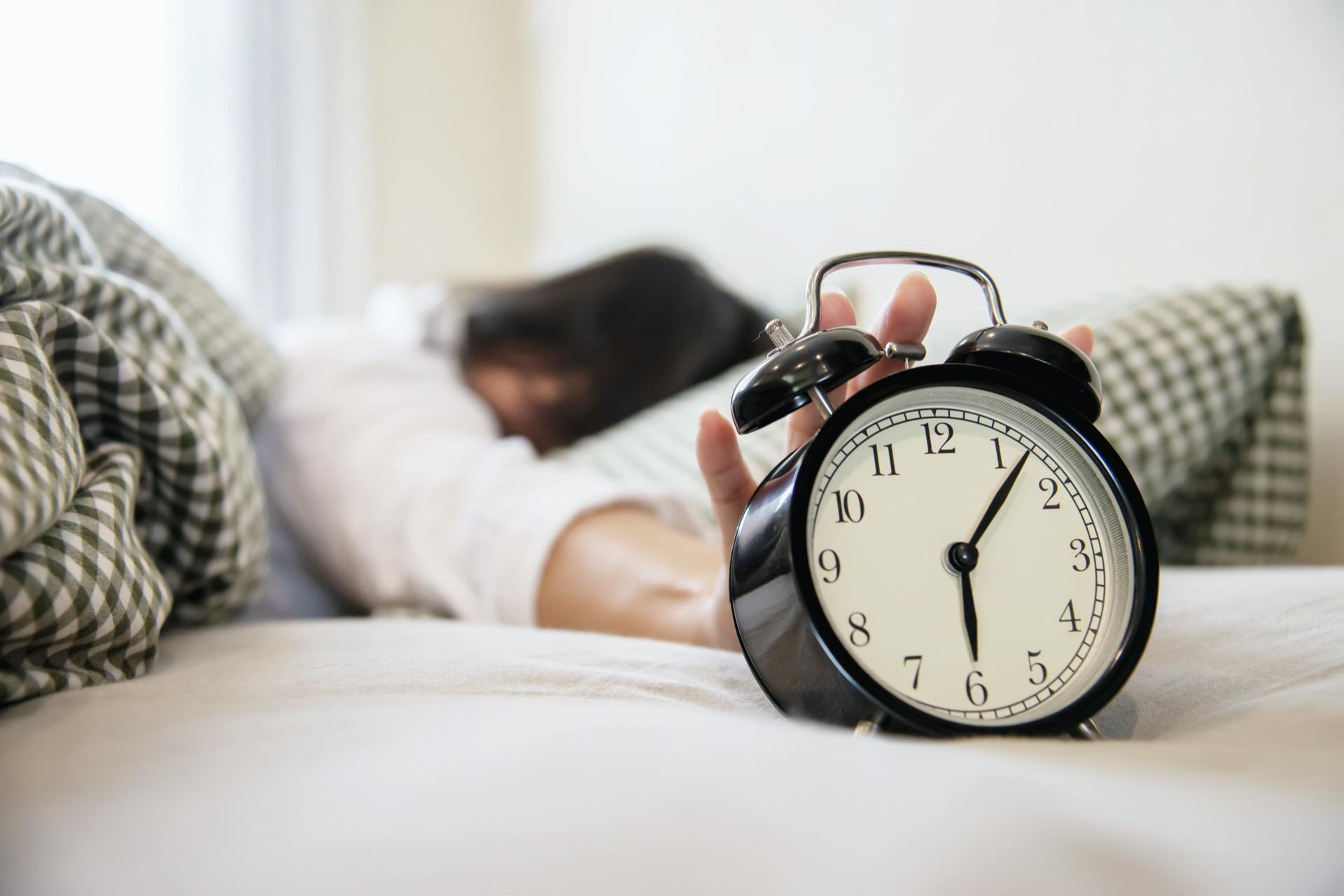 Cómo Afecta Al Sueño Posponer La Alarma Del Despertador
